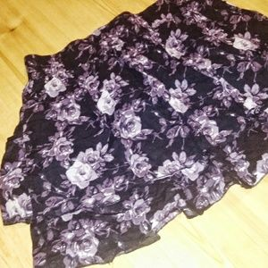 Xhileration Layered Rose Skirt. XL.